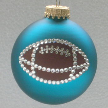 football-ornament-zoom