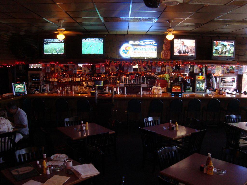 Arizona's Neighborhood Grille & Bar
