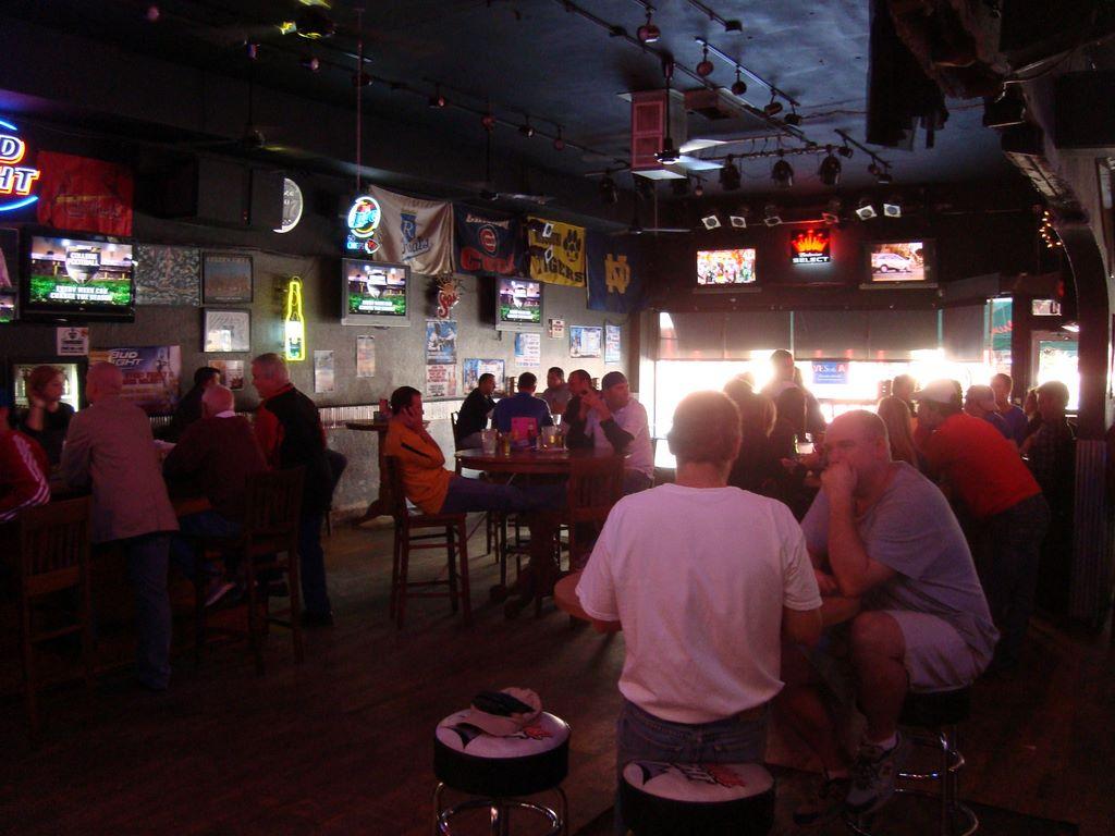 Brooksider Bar & Grill