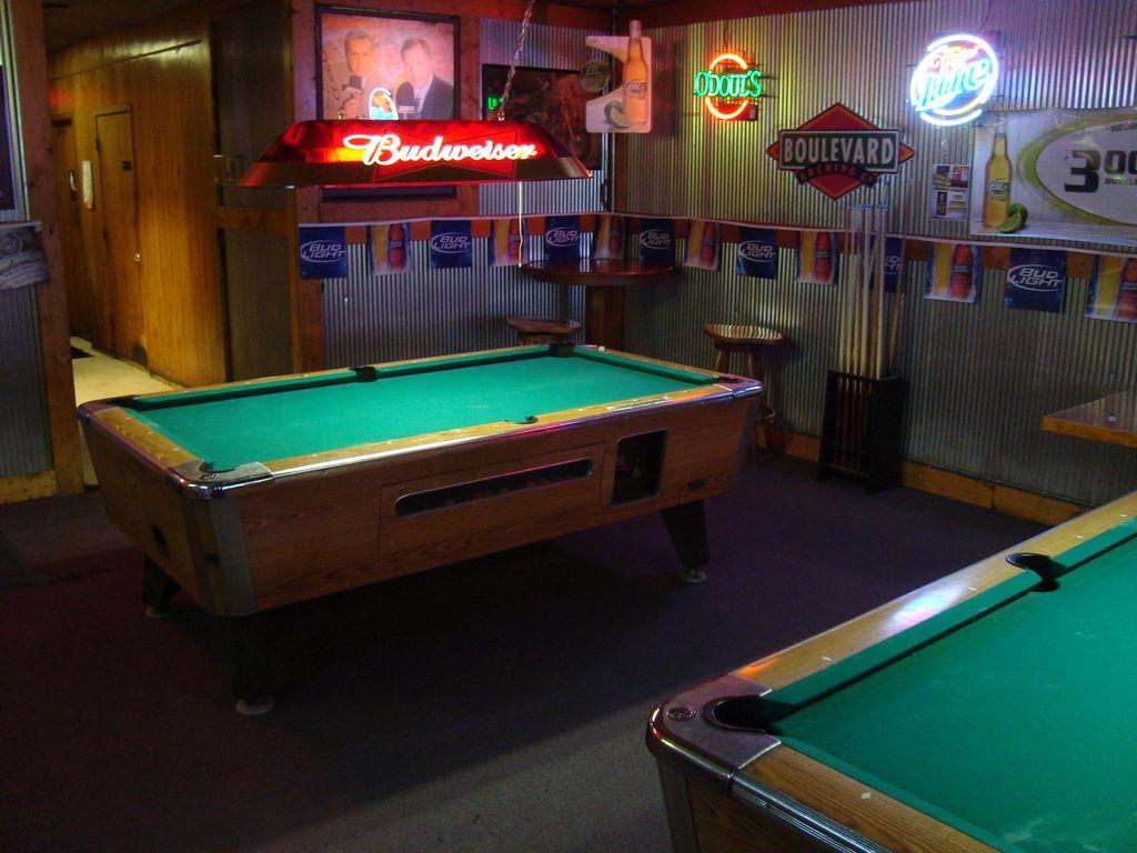 Dirk's Pool Table