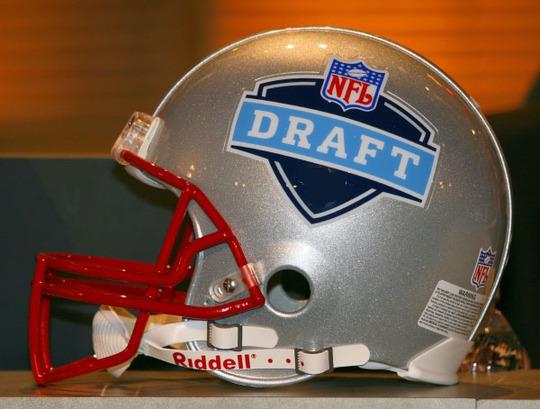 nfl-draft_helmet
