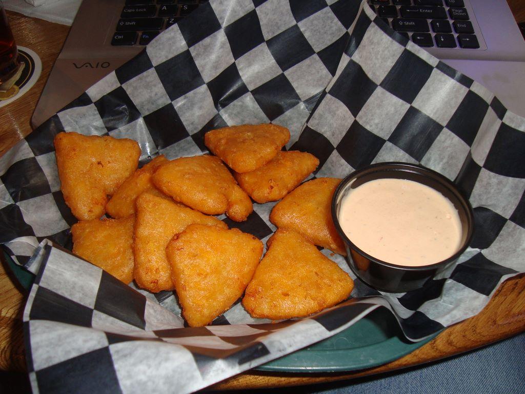 Brooksider Mac N Cheese Wedges